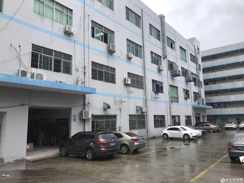 横岗 189工业区楼上精装厂房960平米19元出租