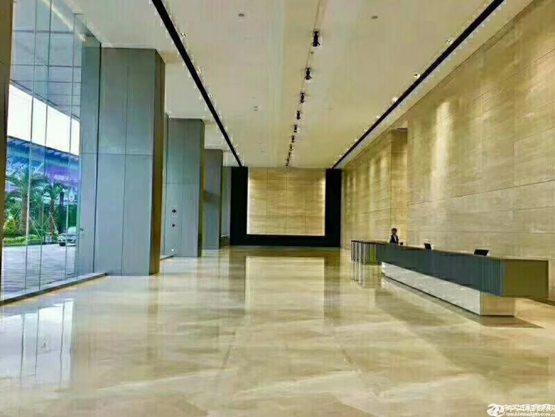 平湖华南城附近7000平方米独栋厂房出租