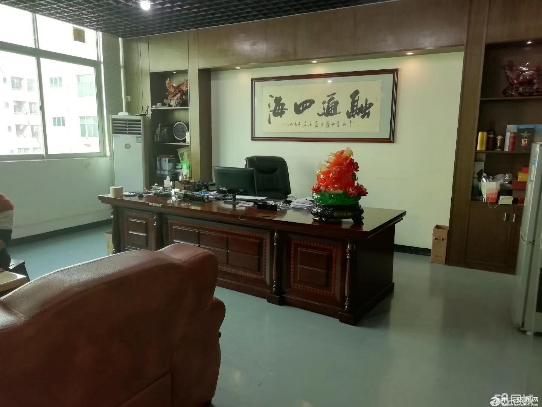 平湖富民工业区新出原房东厂房二楼整层2200平大小分租