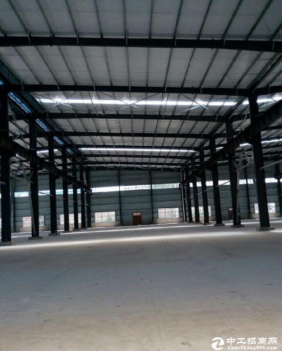 汉南大道周边厂房7500平米厂房出租,可分租