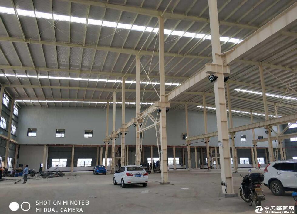 灵活多用,可整可分,汉阳沌口开发区厂房5000平出行方便