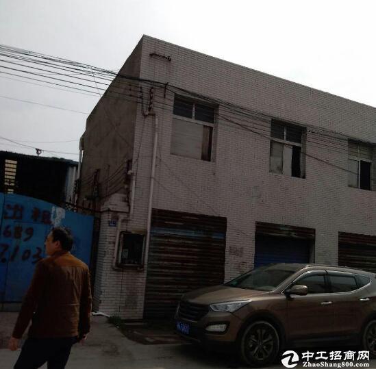 青山建设乡万博app官方下载出租1300平米,钢结构出租!