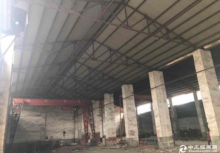 青山白玉山21号公路火官村 厂房 3000平米