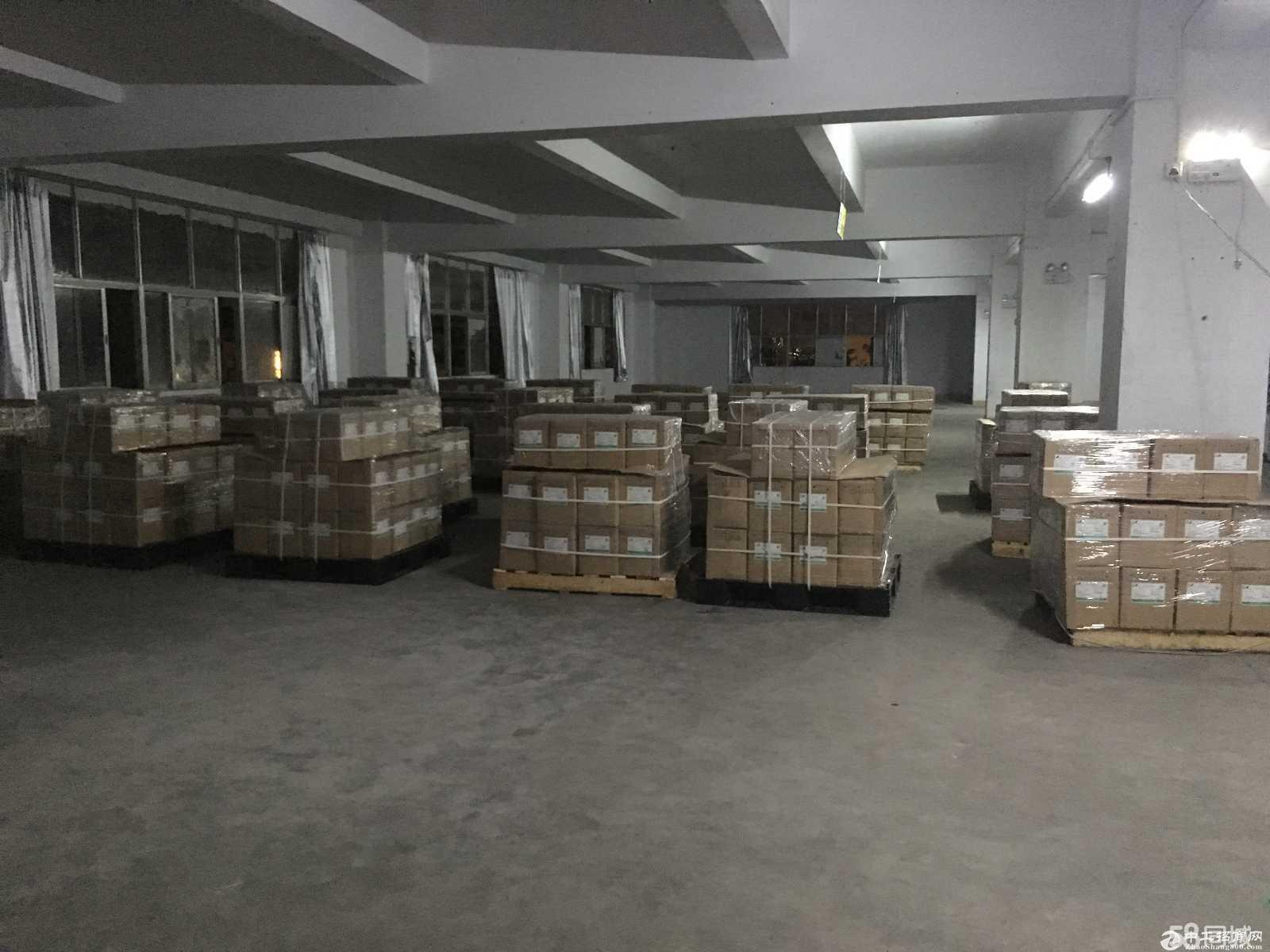出租布吉李朗100平米仓库
