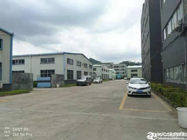 长安新出标准重工业独院厂房,每层2000平米出租(大小可分)