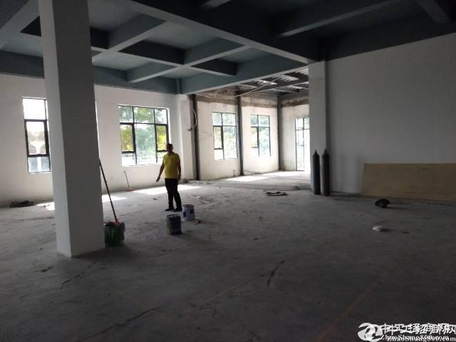 坂田杨美地铁站附近新出3500平米厂房出租
