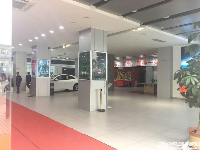 龙岗中心城现成汽车4S店4200平出租可分租