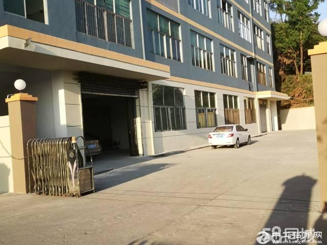 横岗六约塘坑地铁站1392平厂房出租适合仓库办公
