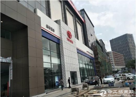 布吉4S店现成装修13400平方招租