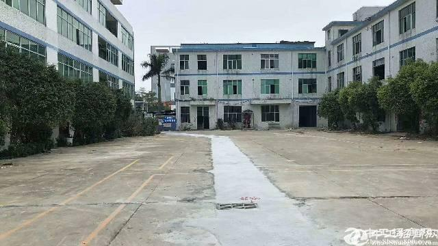 平湖华南城原房东一楼1200平方带装修厂房出租