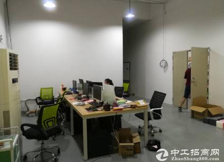 坂田杨美地铁站220平方带精装厂房出租