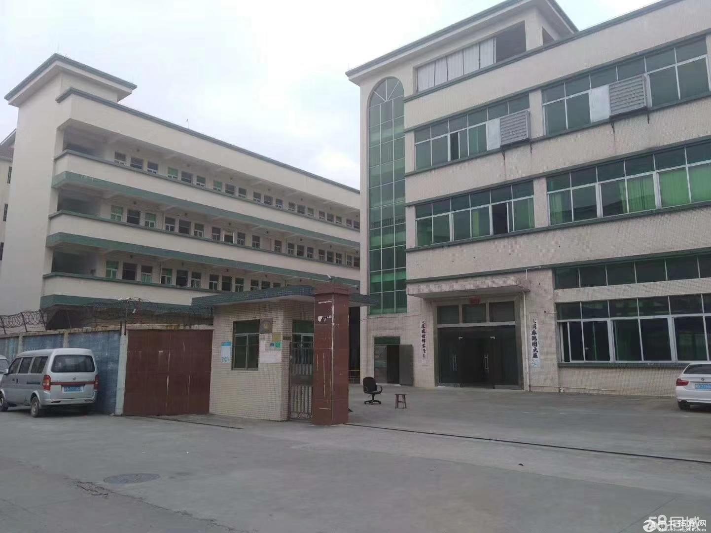 龙岗区平湖山厦罗山工业区三楼3100单层标准厂房出租 带装修-图2