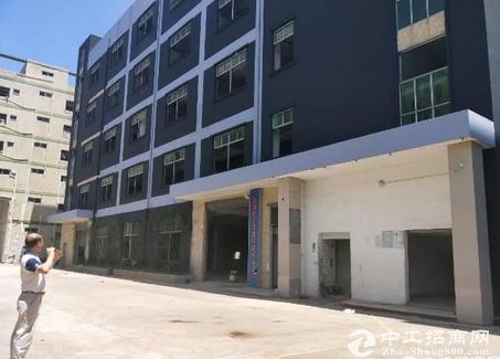 坪山比亚迪旁工业园5000平米厂房招租 有红本