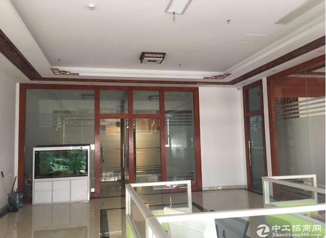 坂田杨美地铁站精装修办公室288平方低价招租