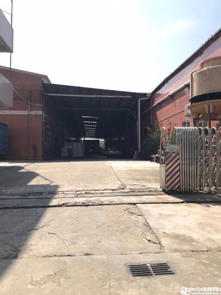 钟落潭镇,独院单一层厂房2500平米出租