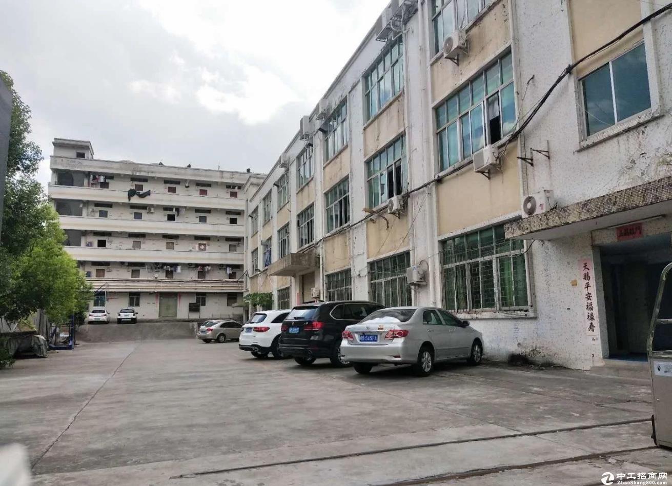 横岗六约大和村300平厂房出租楼上带装修
