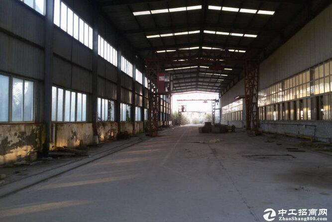 1200平全新钢构厂房带行车可分割产证齐全带办公宿舍