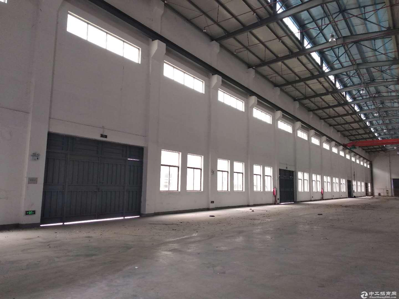 深圳第一高坪山重工业钢构厂房37000万平出租滴水15米证件齐全
