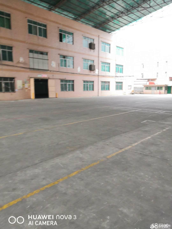 龙岗区平湖鹅公岭工业区楼上2楼,3楼各1500平招租