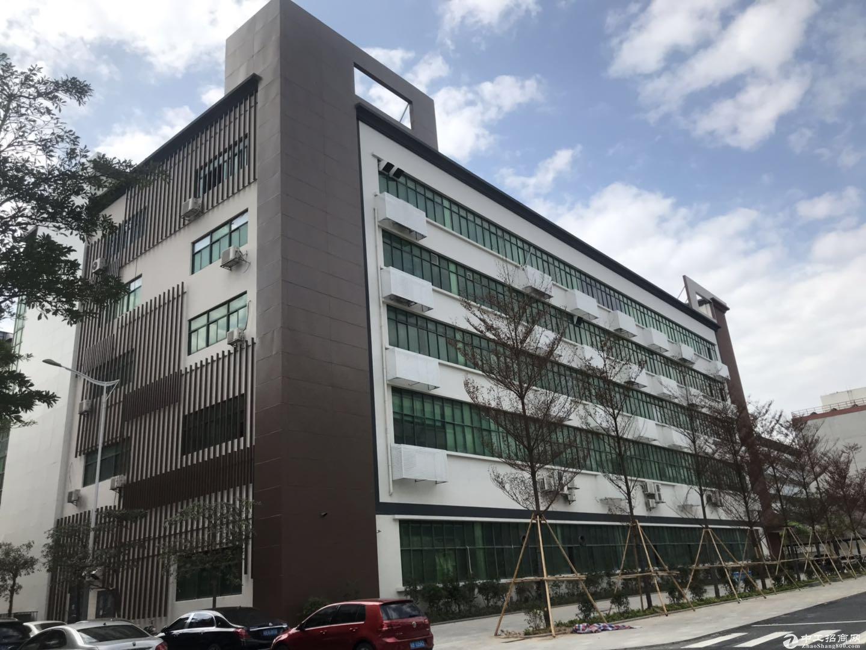 龙华高新园区享受补贴,新空出3栋厂房,每栋1万5千平