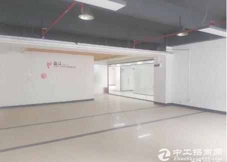 坂田五和地铁口厂房办公200平起租