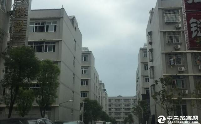 [汉阳厂房] 五里墩2000平仓库,适合电商以及城市配送