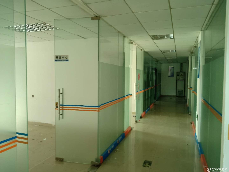 平湖宝来工业区二楼1400平方带绿色地平漆厂房招租
