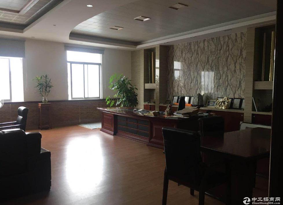 石龙工业区新空出独门独院单一层厂房3800平方