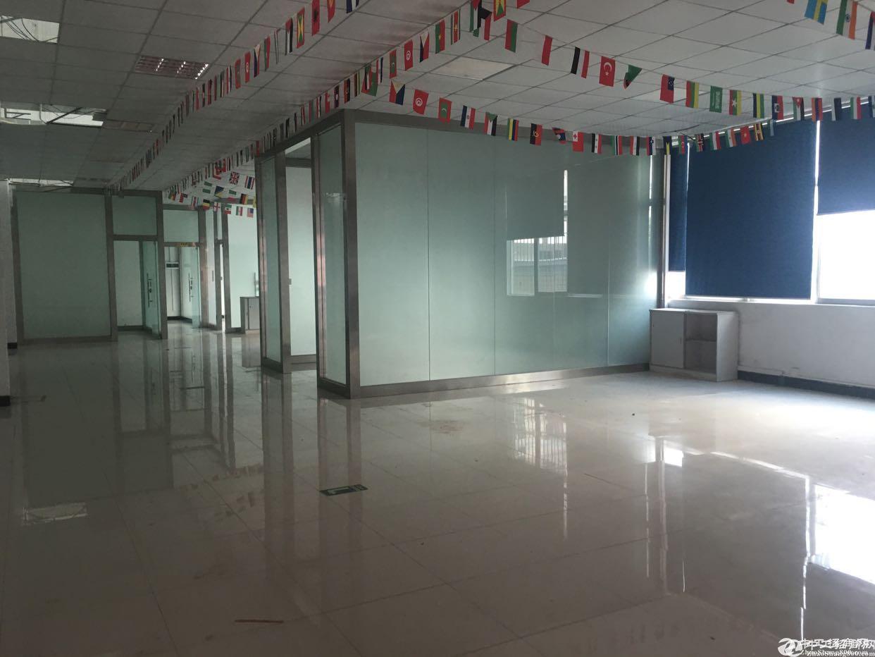 福永白石厦楼上690平米精装修厂房出租
