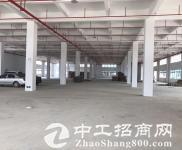 平湖华南城上木古宝来工业区原业主一楼1400平方出租【带红本】