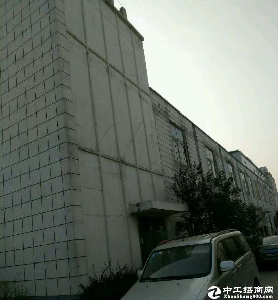 汉洪高速旁   汉南大道华顶工厂房1100平米出租