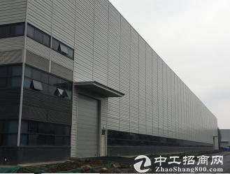 12000平米钢结构重工厂房,配50吨行车,高17米,配套全