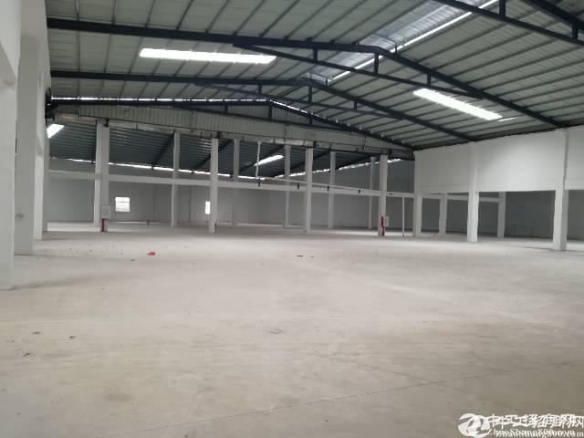原房东独院钢构厂房5200平出租