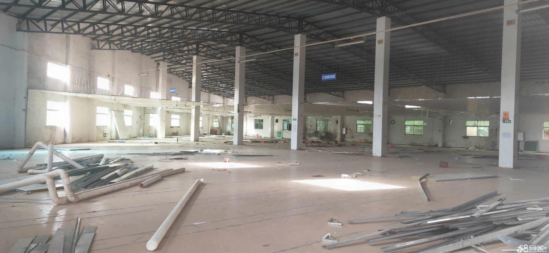 龙岗平湖华南城富民原房东8米高独院钢构2600平出租
