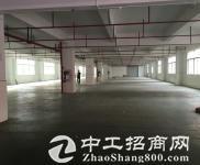 平湖原房东楼上1500平精装修厂房实际面积整层出租