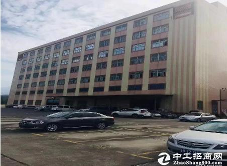 石岩水田工业区单层面积2800厂房招租,可分租带装修