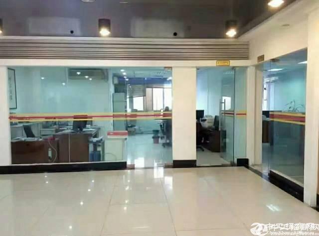 平湖富民工业区原房东新出楼上1550平方出租