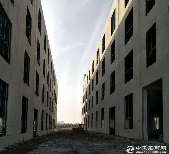 黄陂三里桥街,家具产业园,4320方独栋厂房出售,红本