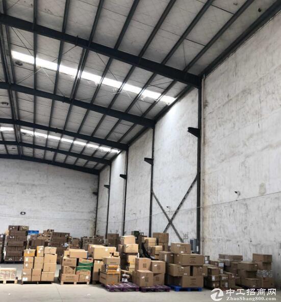 出售新洲标准1900㎡厂房,水电电梯齐全,适合多种行业