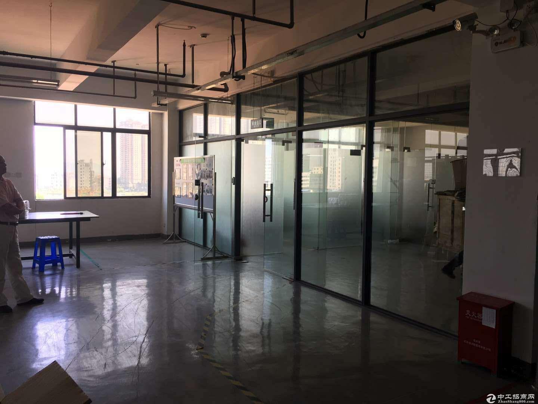 龙岗中心城3公里宝龙工业区1500平电子厂房出租-图4