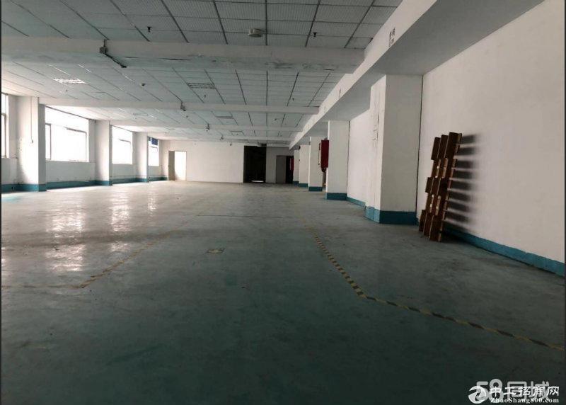 平湖华南城旁宝来工业区一二楼厂房各1000平方火爆招租