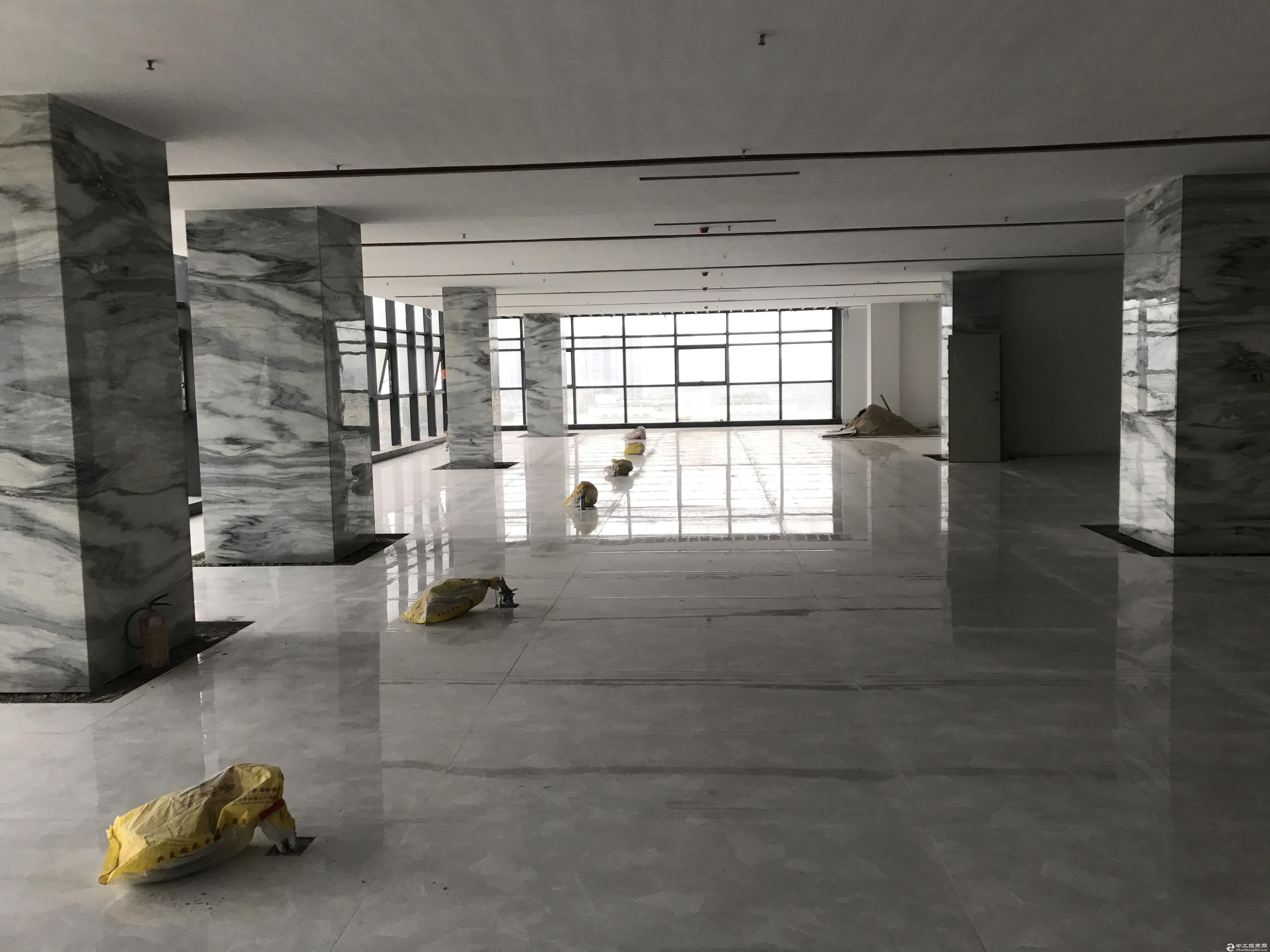 龙华清湖地铁站附近200平300平400平米厂房仓库出租分租