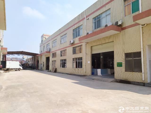 惠阳新圩工业园标准厂房一楼2100平出租【可分租】