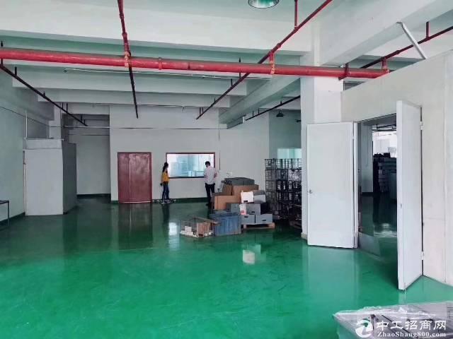 坪山大工业区二楼5200平方带装修厂房出租
