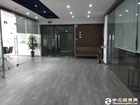 龙岗平湖华南城楼上2300平出租适合做电子电商仓库服装