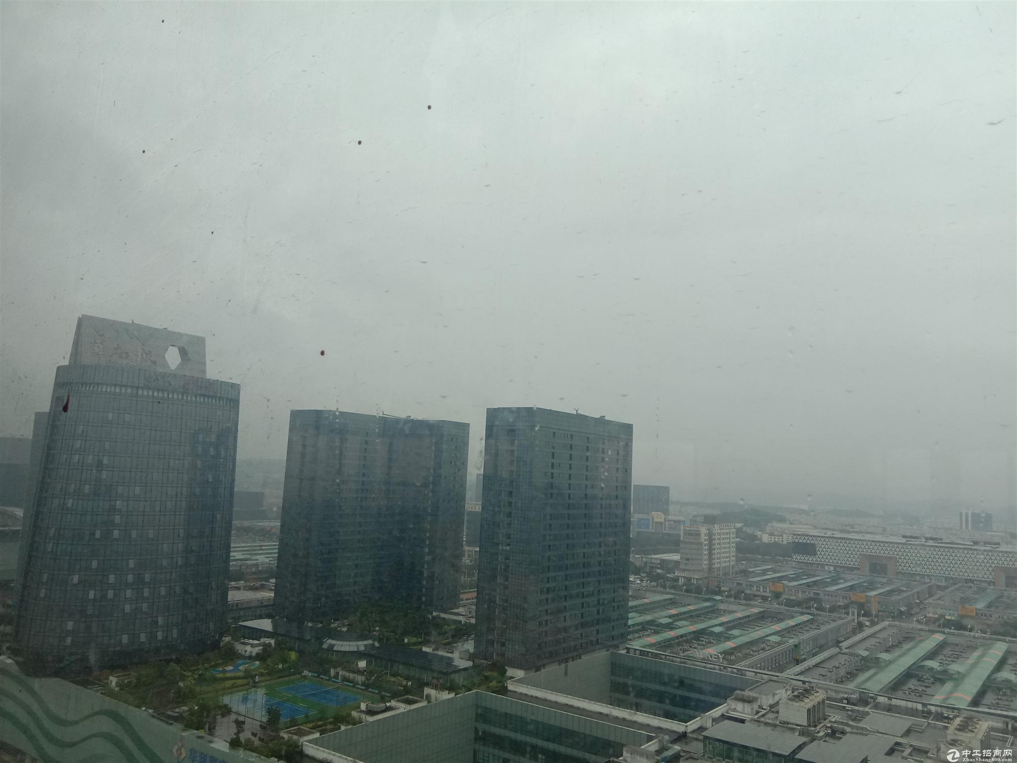 (包租)24层3万平红本原房东厂房出租适合酒店公寓