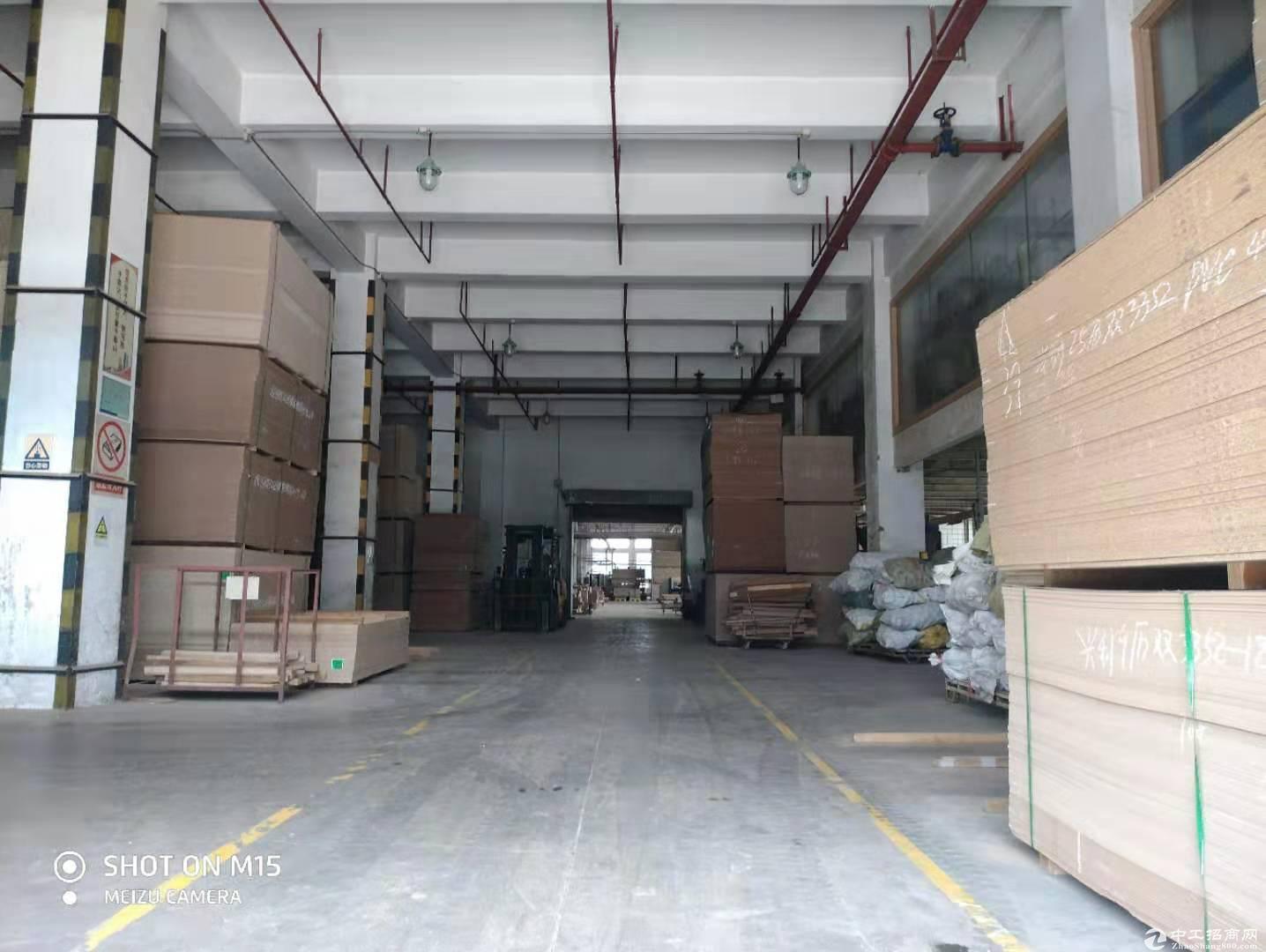 坪山大工业区物流仓库5200平方出租,可分租有卸货平台