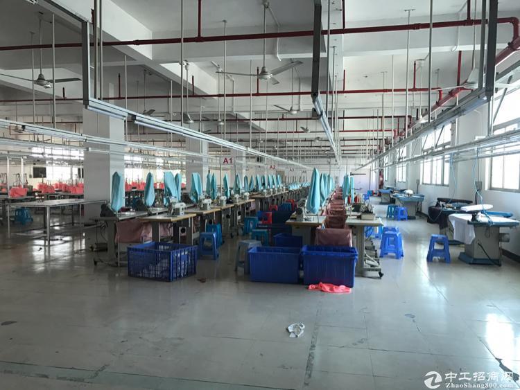 光明龙大高速出口楼上1500平厂房招租,主线到楼层