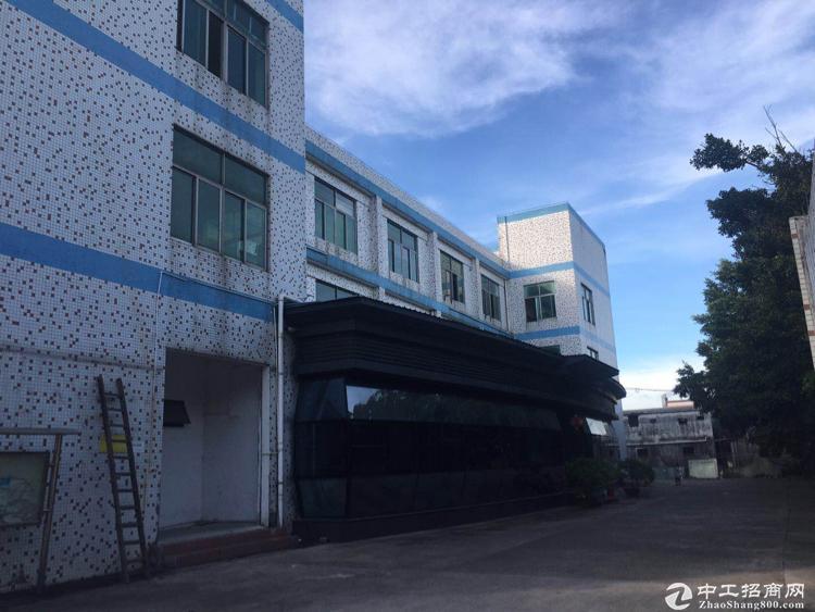 坂田主干道边一楼500平厂房带卸货平台出租