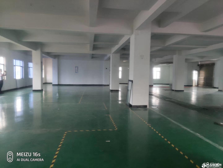 平湖原房东厂房二楼带办公室装修2300平方,可分租